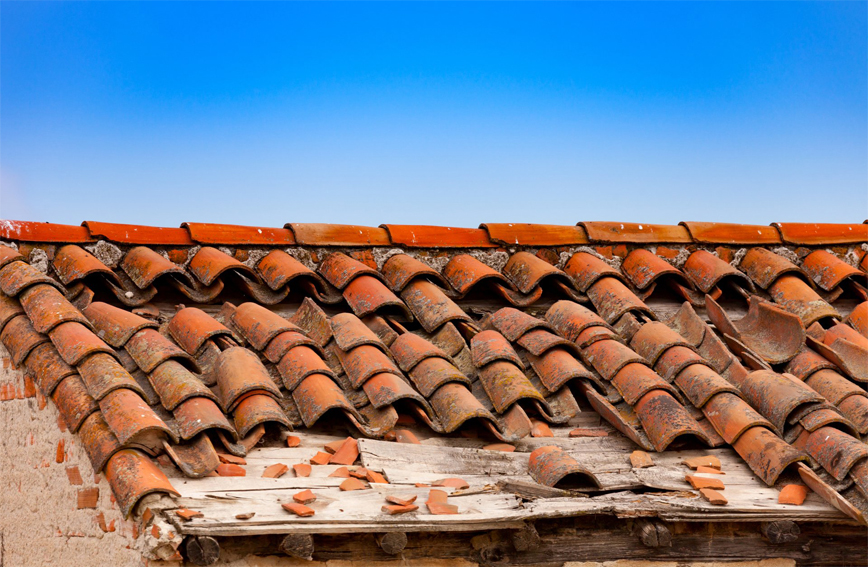 5 Signs That Say You Need To Replace Your Roof